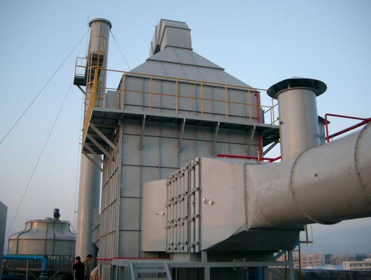 TUBULAR PRECIPITATOR FOR EXHAUST GAS